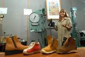 Что необходимо для проведения независимой экспертизы обуви