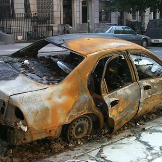 Экспертиза причин возгорания электропроводки в авто