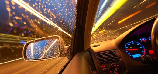 Чем поможет при аварии установление скорости движения?